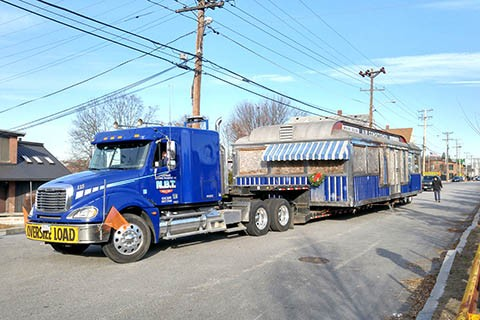 Best tips that will save you from hiring towing service